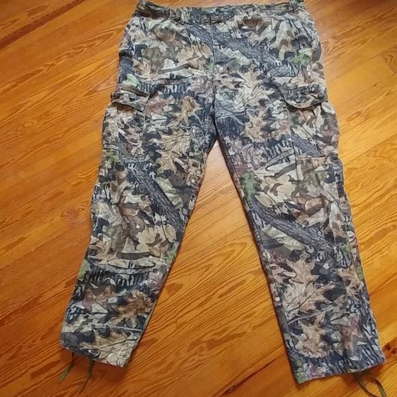 1fa2d6ba2408bd Mossy Oak Forest Floor hunting pants. M_5a3d5f9d331627beee027946